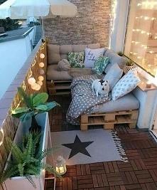 Na takim balkonie to ja mogę mieszkać...