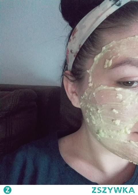 Jak przygotować w domu kosmetyk idealny? Zapraszam na bloga, znajdziecie tam przepis na maseczkę, która zdziałała z moją skórą cuda. Kliknij w zdjęcie.