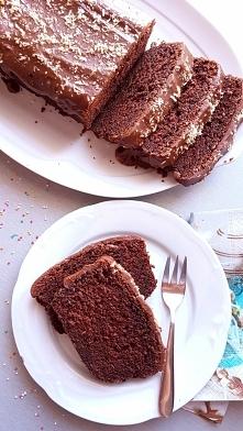 Przepis na wilgotne ciasto murzynek z polewą czekoladową
