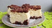 Sernik z ciastem kakaowym Ciasto: •2,5 szkl. mąki •margaryna •1 szkl. cukru pudru •1 łyżeczka proszku do pieczenia •cukier wanilinowy •2 łyżki kakao •1 jajko Z podanych s...