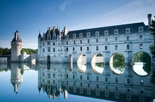 Zamek Chenonceau nad Loarą, Francja :) Puzzle na puzzlefactory.pl