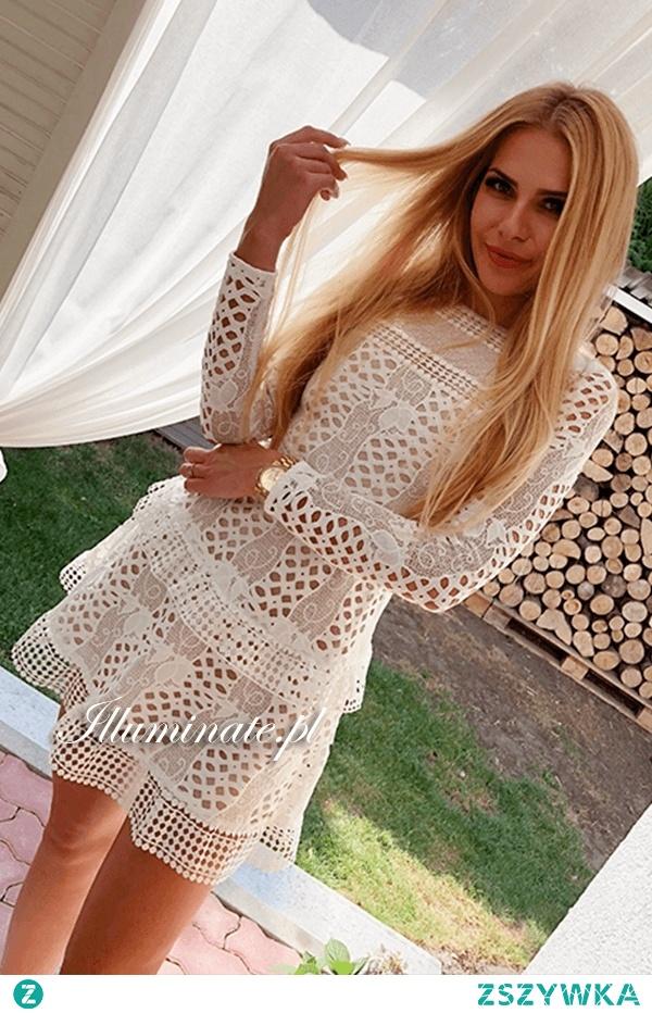 Biała, koronkowa sukienka z kolekcji Illuminate <3
