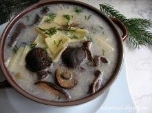 Wigilijna zupa grzybowa        30 dag grzybów mrożonych lub suszonych (podgrz...