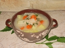 Zupa kalarepowa        1 szyjka z indyka lub inne mięso np. skrzydełka      3 sztuki średniej kalarepy      3-4 ziemniaki      1 marchewka      1 mała pietruszka      kawałek se...