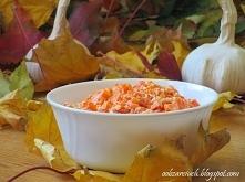 Sałatka marchewkowo - czosnkowa        1 kg marchewek      główka czosnku    ...