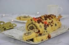 Kokosowa rolada makowa z białą czekoladą i bakaliami  Biszkopt: 3 jajka 1/2 szklanki cukru 4 łyżki oleju 5 łyżek mąki pszennej 1 płaska łyżeczka proszku do pieczenia szczypta so...