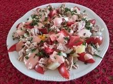 Sałatka z tuńczyka i pomidorów  puszka tuńczyka w sosie własnym 175 g. 3 pomi...