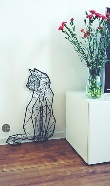 Dekoracja na ścianę drewniana. Geometryczny KOT LaserStory.pl