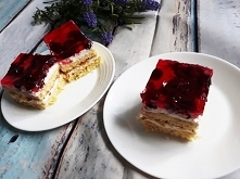 Ciasto z mascarpone i wiśniami ;)
