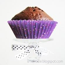 Muffiny z czekoladą i suszonymi śliwkami