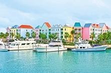 Kolorowe domy w porcie w Nassau :) #puzzle #układanka #krajobraz #port #gry