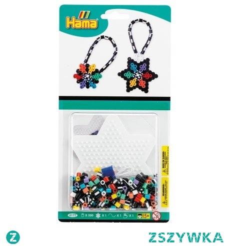 Pomysł na prezent:)  Breloczki z koralików Hama - w małym blistrze 350 koralików w rozmiarze midi dla dzieci od lat 5, sznureczek, podkładka (gwiazdka) oraz papier do zaprasowywania i instrukcja wykonania - pomoże rodzicom:)  Zestaw umożliwia zrobienie dwóch breloczków: gwiazdki i kwiatka.  Da się przypiąć do kluczyków, Miłej zabawy:)