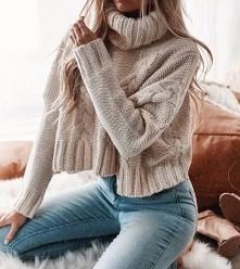Krótki sweter z golfem
