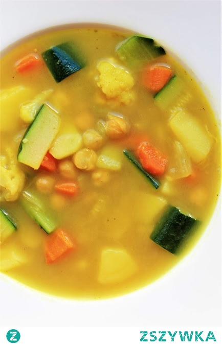 Jarzynowa curry zupa <3