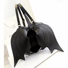 Plecak ze skrzydełkami