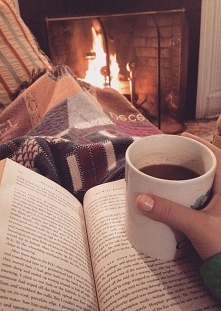 Książka + gorące kakao = ♥️