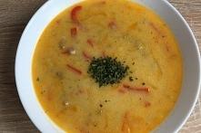 Paprykowa zupa z serków top...