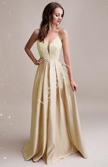 Złota suknia wieczorowa zdo...