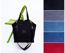 Duża i pakowna torba w kolorze czarnym uszyta z tkaniny imitującej zamsz (alc...