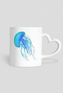 Kto by przytulił taki kubeczek?Zapraszam na stronę ;) aqarelove.cupsell. pl/produkt/3443353-Kubek-serce-meduza-niebieska.html