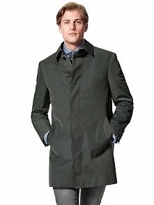 Płaszcz w kolorze ciemnozielonym