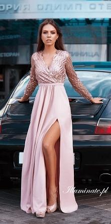 Długa, cekinowa sukienka na...
