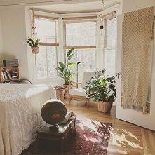 Was tun, um besser zu schlafen und sich auszuruhen? Blumen für das Schlafzimm...