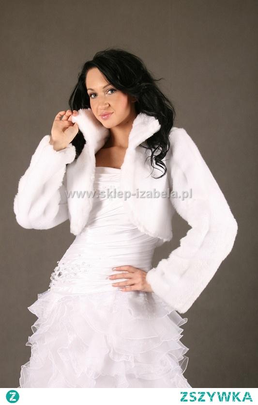 Ślub zima futerko