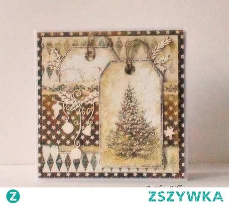 Klimatyczna kartka na Boże Narodzenie.  W stylu vintage.  W kolorach beżu i brązu, ozdobiona pięknymi tekturkami.  Wymiary: 13,5 x 13,5 cm.  W komplecie z kopertą.
