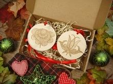 świąteczny zestaw na prezent - drewniane bombki w kaszubskie wzory, cała ofer...