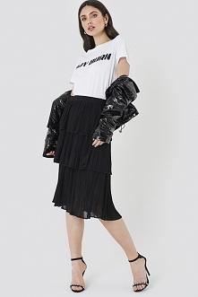NA-KD Trend Spódnica z plisowanymi wastwami - Black