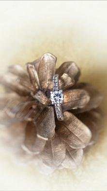 Taki tam pierścioneczek:)