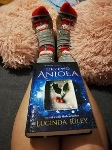 Uwielbiam książki Lucindy Riley. Każda jedna niesamowicie wciągająca, ciężko ...