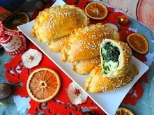 Pieczone Pierogi ze Szpinakiem i Fetą. Święta zbliżają się dużymi krokami,te ...