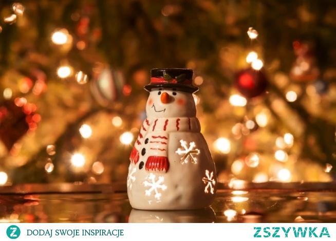 Święta już niedługo <3 Swoją drogą nie pamiętam jak się lepi bałwana.... z roku na rok coraz mniej śniegu :((