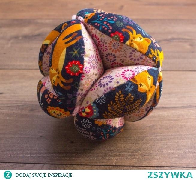 Piłka takane liski w lesie. fb MisioZdzisioSklep.