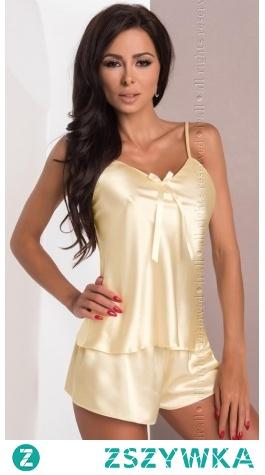 Satynowa piżama w kolorze kremowym. Elegancki zestaw koszulka ze spodenkami we wszystkich rozmiarach.
