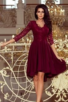 Bordowa sukienka z dłuższym...