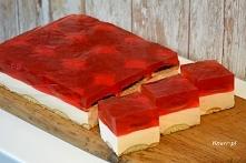 Delikatne piankowe ciasto ze słodką niespodzianką  Piankowa delicja Szybko i ...