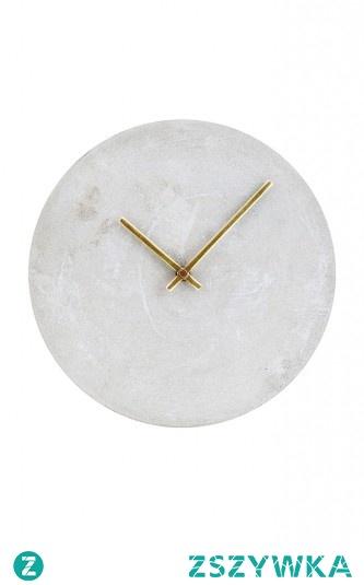Zegar betonowy house doctor, zaprojektowany przez duńskich architektów to połączenie minimalizmu i prostej formy. Zdecydowanie designerski dodatek !