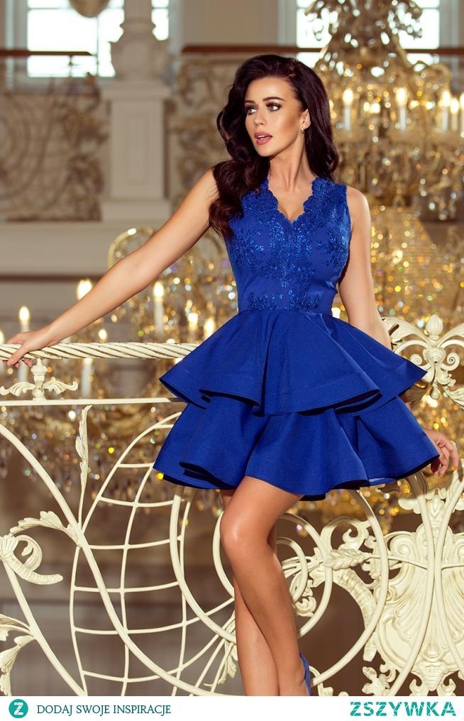 Piękna i elegancka podwójnie rozkloszowana sukienka z koronkowym dekoltem - polska marka numoco.