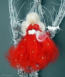 Świąteczny wianek. Gwiazdkowa wróżka z kolekcji Weihnachten. Świąteczny wiane...