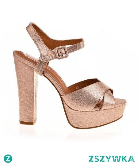 Sklep z butami styloweobcasy pl poleca  sandały złote na obcasie