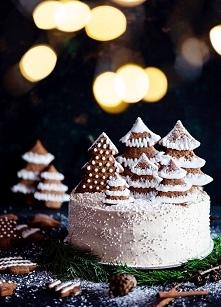 Piernikowy Tort Bożonarodzeniowy