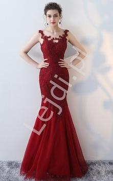Czerwona suknia wieczorowa ...