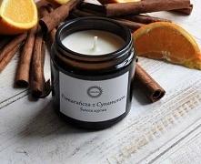 """Świeca sojowa """"Pomarańcza z Cynamonem""""  Połączenie słodkiej, rozgrzanej w słońcu, soczystej pomarańczy z wyjątkowo korzennym cynamonem, to zapach, który miło nastraja...."""