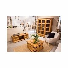rustykalny salon, drewniane...