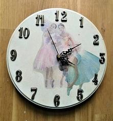 Zegar z baletnicami