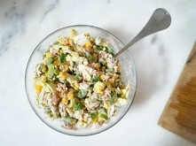 Przepis na szybką i pyszną sałatkę nie tylko na śniadanie znajdziecie już na blogu!
