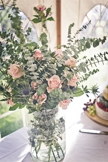 #eukaliptus #mikołajek #róże #florystyka